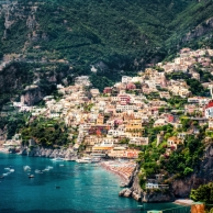 "Why is Positano so ""in fashion"" and such a HOTSPOT? Read about this stunning village along the Amalfi Coast"